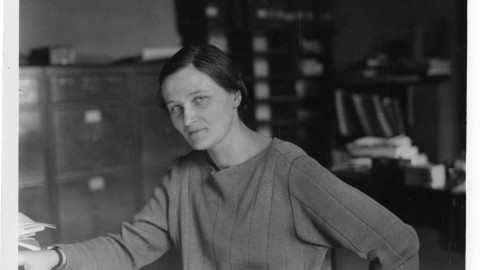 The Rocky Road to Success Cecilia Payne-Gaposchkin: Curiosity and Analysis