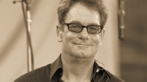 Huey Lewis: He's Got The Good News