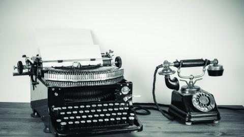 Communicating effectively by Emma Vites
